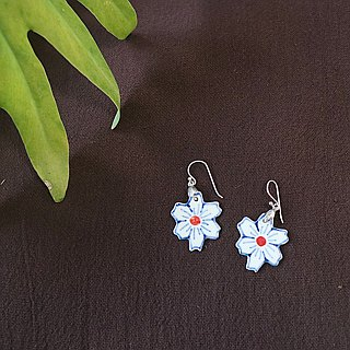 Ceramic flower earring