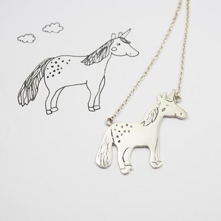 Children's painting accessories / unicorn necklace