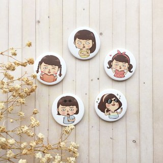 Mary Series | small badge / magnet