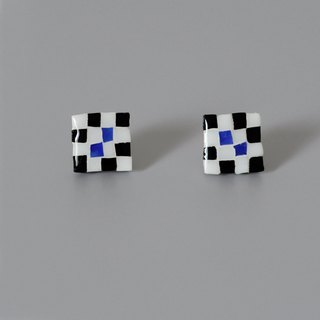 Stained glass mosaic earrings / ear clip original design handmade square black and white pattern