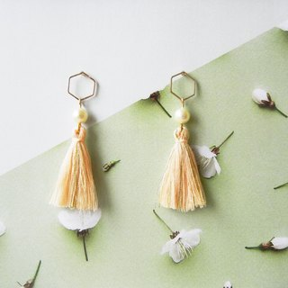 *Coucoubird*pearl powder gold tassel earrings / ear needles 4 kinds of shapes can be selected