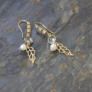 Leaf Elf Crystal Natural Pearl Earrings / crystal & water pearl earring
