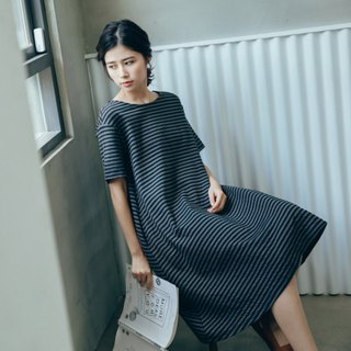 Midnight apartment natural corrugated dress