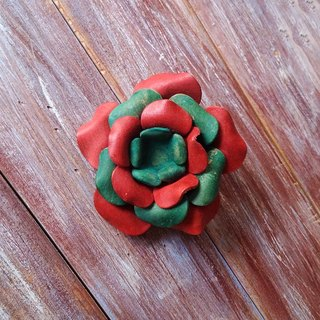 Three - use leather brooch hairpin red and green two - color necklace leather made Kai hand - made leather