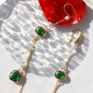 MissQueeny original | Mood for Love emerald natural pearl earrings