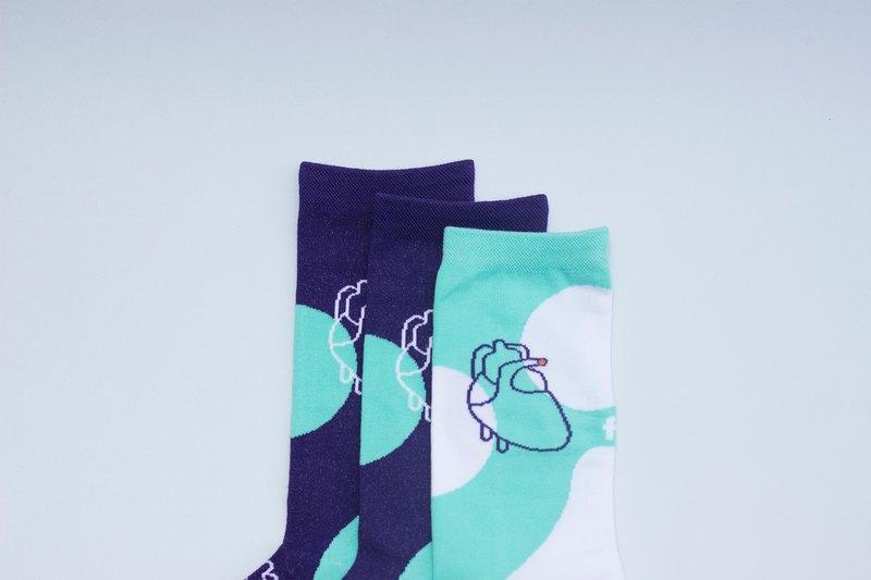 三隻襪子一雙腳系列 - 心臟 深紫色 薄荷綠 中筒襪