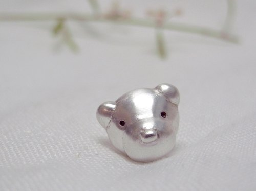 Teddy Bear No.49 Stud Earring--Sterling Silver--Silver Tiny Bear --Cute Bear