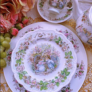 Royal Doulton Royal Dalton Wild Rose Village Mouse Moving Summer Cake Dish Refreshment Dish