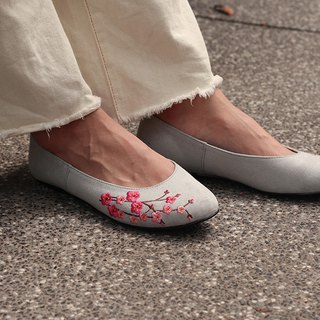 Flats shoes /  Plum blossom