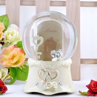Love LOVE photo frame crystal ball music box Valentine's Day gift wedding ceremony wedding decorations
