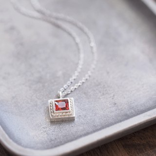 Square garnet twist men's necklace silver 925