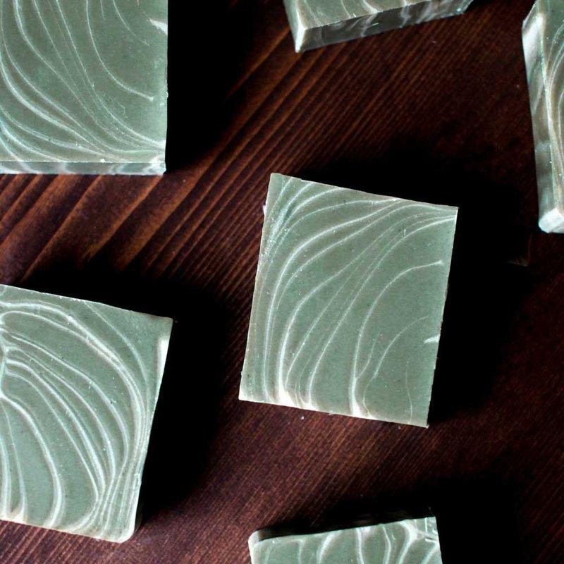 手工冷製皂 - 岩蘭草皂