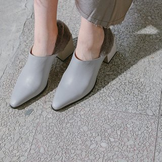 [Exhibition item clear] Wool heel excavation with pointed leather boots gray