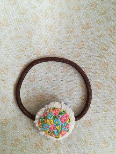 花刺繍のヘアゴム flower embroidery hair tie*white