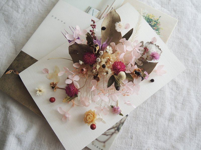 Micro-sweet ‧ lap hand classic series exclusive custom dry flowers do not wipe flower card hand card dry flower fruit large card million card wedding card signature card card card Valentine's Day card card birthday card card