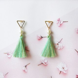 *Coucoubird*pearl green gold tassel earrings / ear needles 4 kinds of shapes can be selected