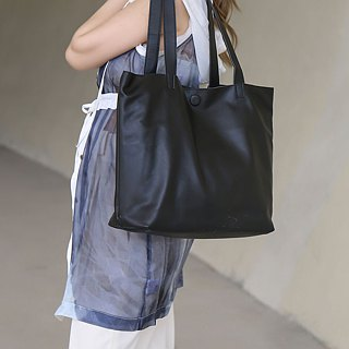 Multi-mezzanine zipper design light leather Tote bag black