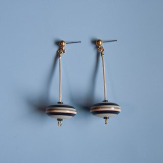 Space Age - Straight Flying Saucer Earrings