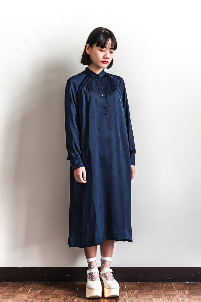 Vintage dark blue pleated vintage long-sleeved dress