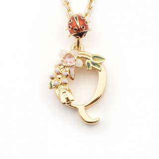Flower English letter Q necklace
