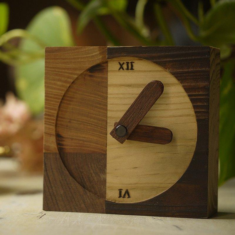 原木.拼接木.方形座鐘 靜音 辦公用品 桌上座鐘 時鐘 clock