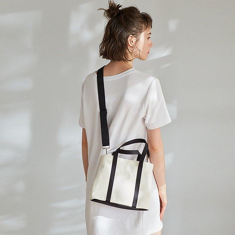 Nora 帆布 2way 手提包 (不含內袋)【白黑】