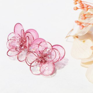Purely。Peach camellia / Pendant 925 pure silver ear pin