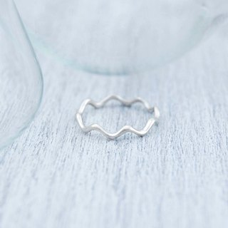Waves (silver ring)