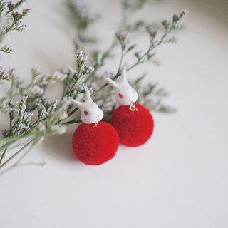 |Unicorn forest | Red-eyed white rabbit hair ball pair of earrings / ear clip