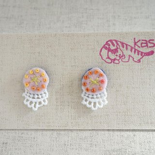 "Hand embroidery pierced earring""Spring color Circle"""