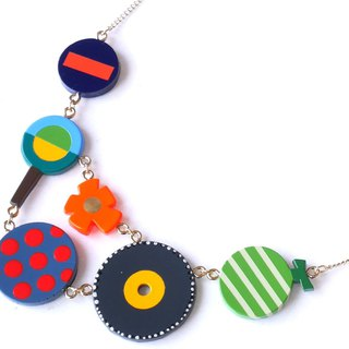 Circle, circle! necklace