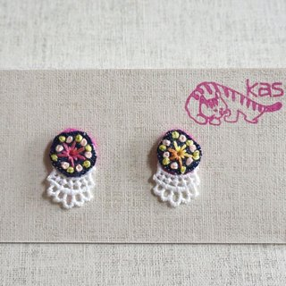 "Hand embroidery pierced earring""Circle 2"""