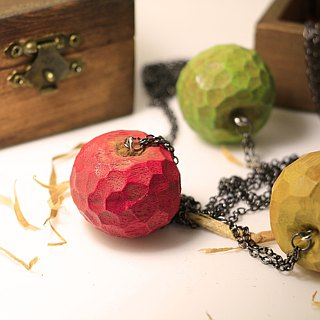 Cute wooden round apple necklace [wooden box style]--woodcut--handmade -- hand made (can pick color)