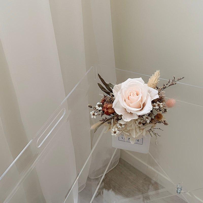 永生盆花 白色羽翼森林系永生玫瑰香氛盆花 桌花/乾燥盆花/永生花