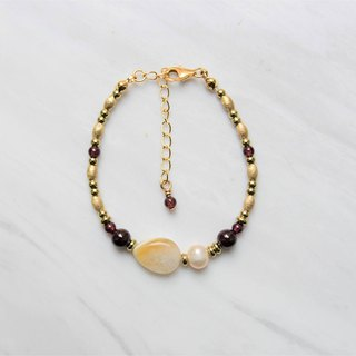 【Sunlight Day】 Red Pomegranate Brass Bracelet