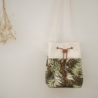 Traveler series shoulder bag / bucket bag / limited manual bag / jungle / off-the-shelf