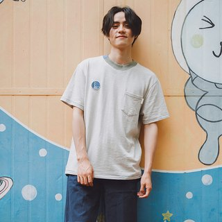Japanese gray white stitching cotton T-shirt pocket round neck old solid color short sleeve