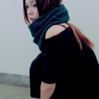 Lan wool scarf (dark green)