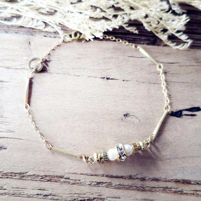 ♦ViiArt♦遠方-珍珠♦珍珠鋯石鑽黃銅手鍊