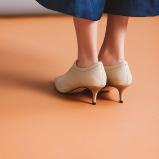 V-Bandage Elegant Leather Shoe Shoe Apricot