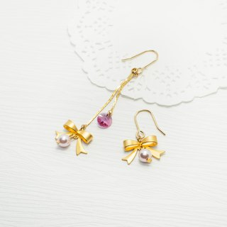 Fog gold bow asymmetric earrings Swarovski