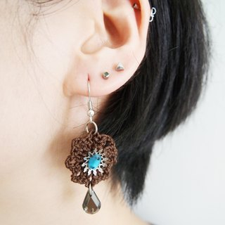 BE013_ Japanese retro hand-woven wool with dark brown amphibole emerald earrings