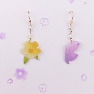 A pair of flowers and Butterfly Earrings