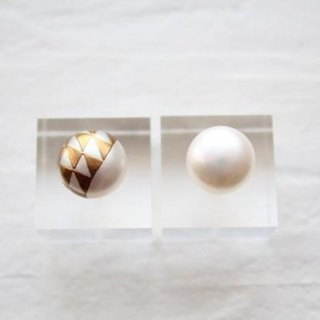 MAKIE Pearl Earrings <Japanese pattern; scales pattern>