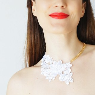 WHITE Clothing Gift Lace Necklace Statement Necklace Gold Necklace / VALENTINO