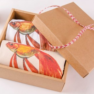 Goldfish Gift box - Bundled Bag  / T-Shirt