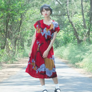 Red earth strawberry short sleeve vintage dress