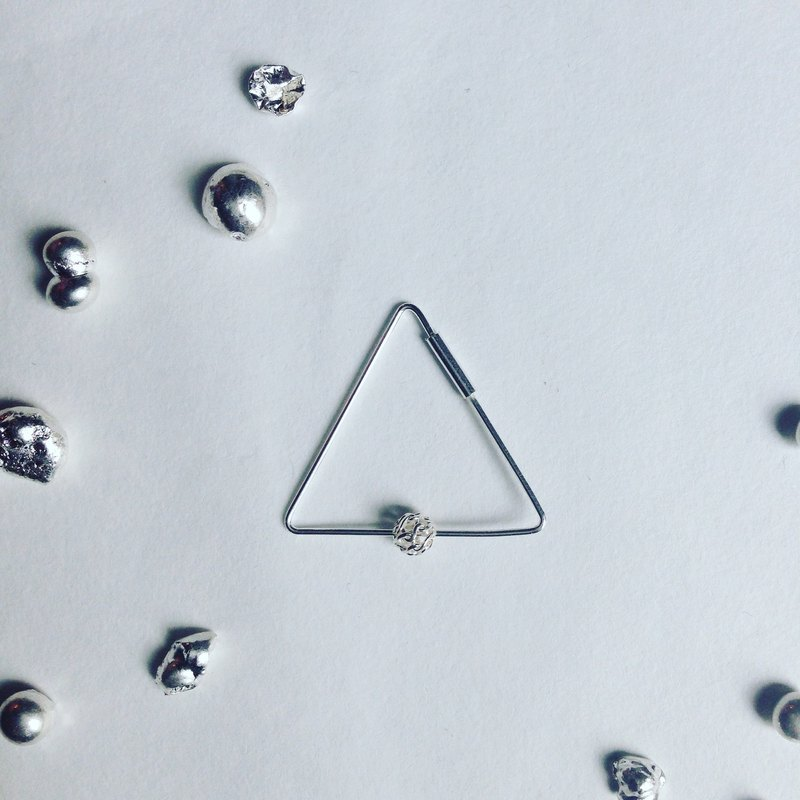triangle .925 silver earrings / single earring for sale