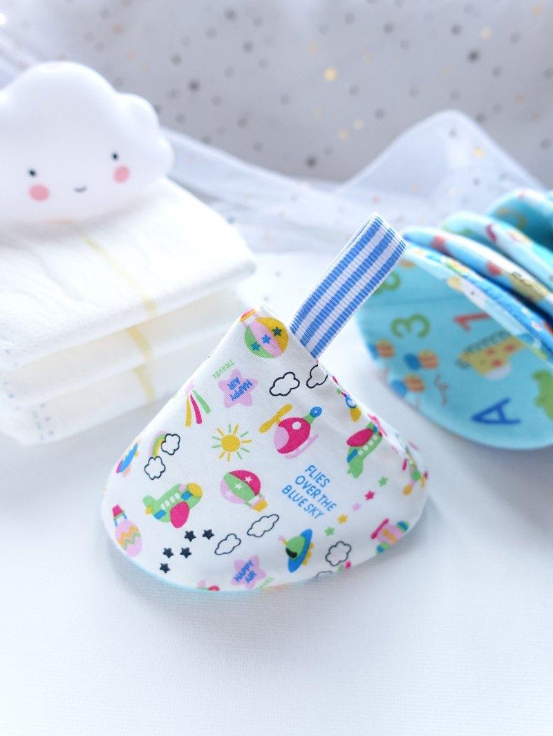 新手媽媽恩物 男寶寶專用換片防尿隔尿保護套 白色 繽紛天空