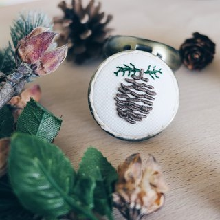 Pinecone Mini Travel Case | Autumn | Birthday Gift | Christmas Gift | Embroidery